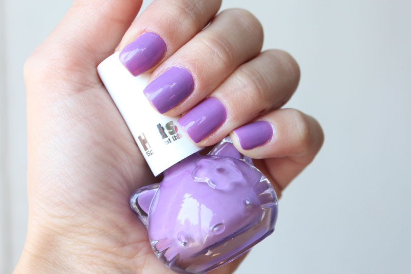 esmalte-plum-hello-kitty-hits-specialitta-claudinha-stoco-1