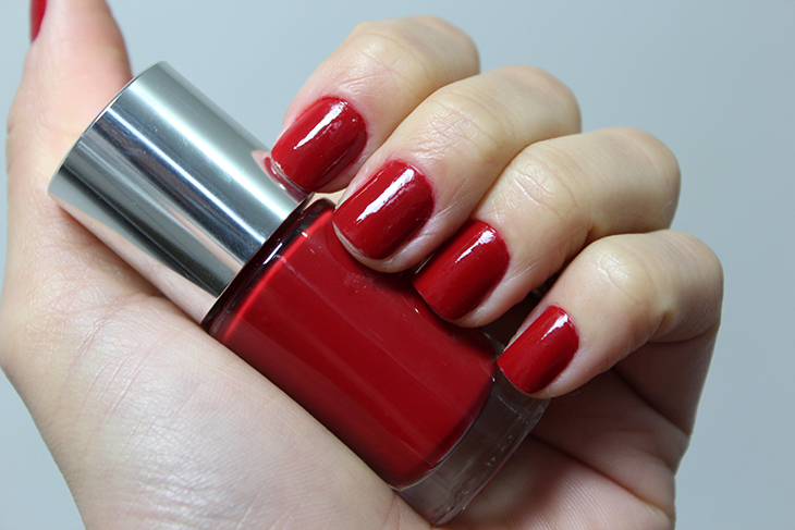 esmalte-party-red-clinique-claudinha-stoco-1
