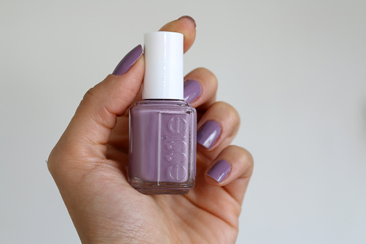 Esmalte-Warm-Toasty-Turtleneck-Essie-claudinha-stoco-1